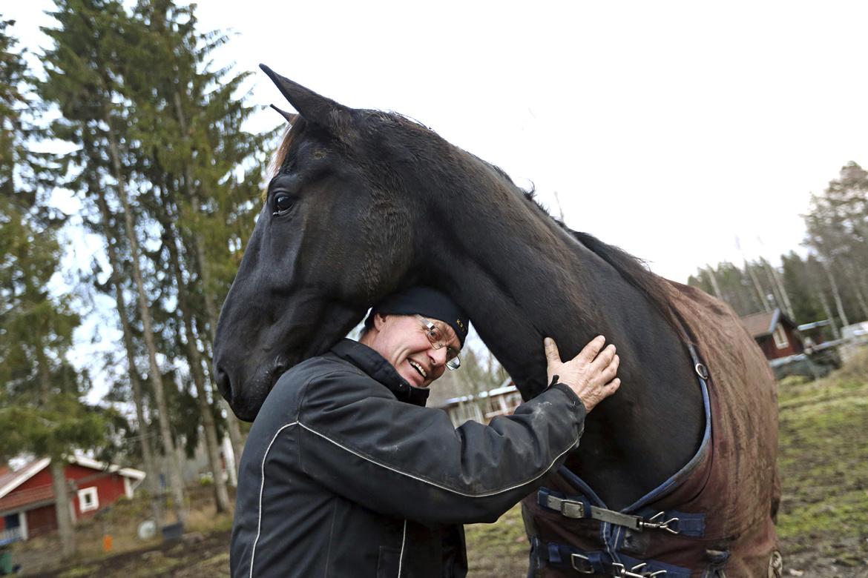 On Track Piraten och Hans R Strömberg hemma i Rättvik på en bild från 2018.