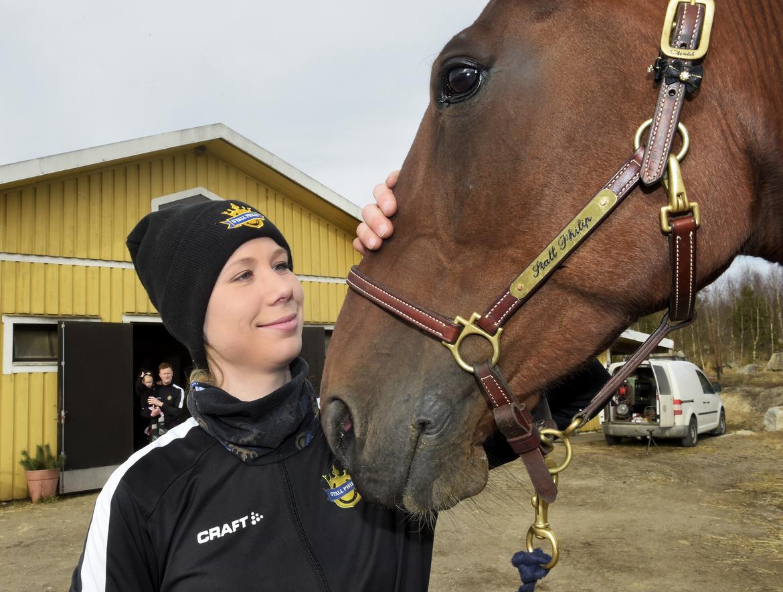 Jasmine Ising, B-tränare på Solvalla, döms till 40 000 kronor i böter. Lars Jakobsson TR Bild.