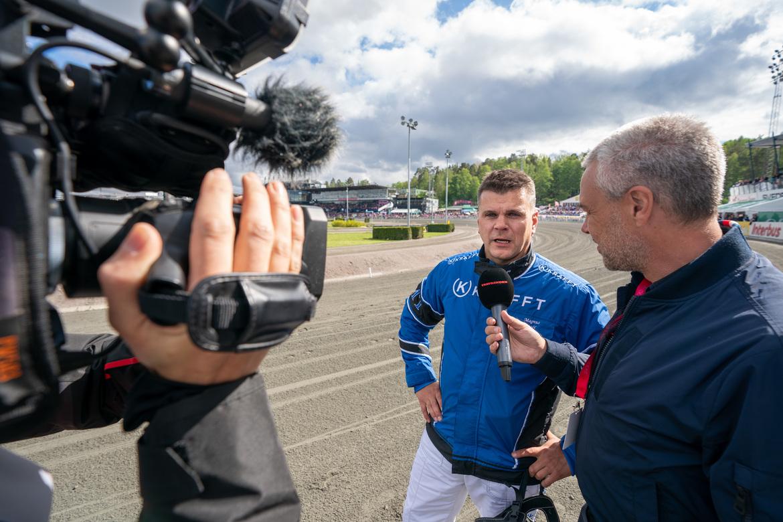 Magnus Träff intervjuas efter segern med Queer Fish i Sweden Cup 2019.