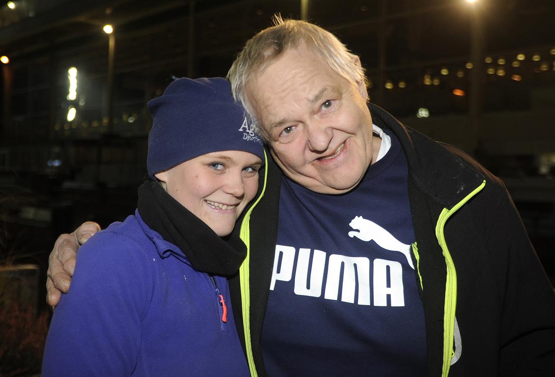 Linn Strandqvist med pappa Tommy på en bild från 2017.