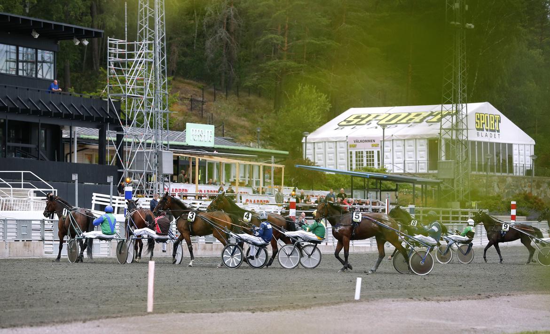Voltstart - en av två startmetoder inom travet. Den andra är autostart med startbil. Maria Holmén TR Bild.