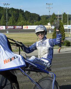 Får Daniel Wäjersten sträcka handen i skyn i en segergest efter V86-1? Lars Jakobsson/TR Bild.