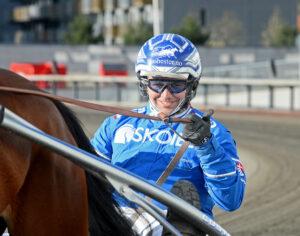Bo Westergaard startar sex hästar på V75® på Bjerke. Malin Albinsson TR Bild.