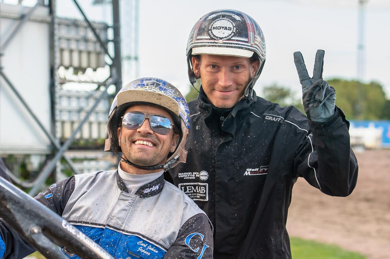 Eric Martinsson och Carl Johan Jepson har dubbla chanser tillsammans på V86®. Mikael Rosenquist TR Bild.