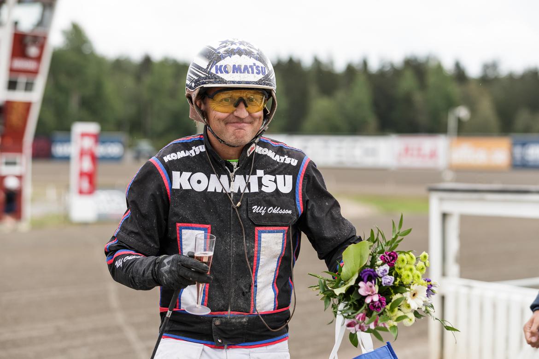 Ulf Ohlsson vann sex lopp i veckan som gick och passerade därmed 200 årssegrar på svenska travbanor 2021. Lena Emmoth TR Bild.